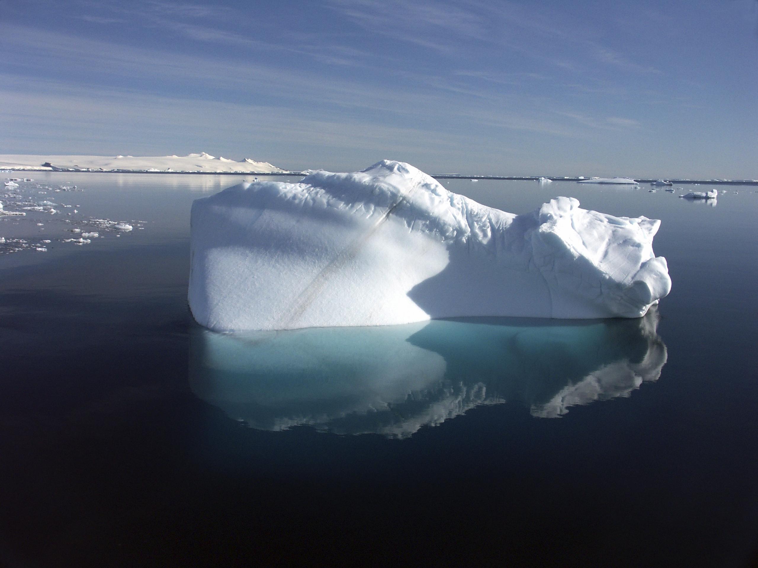 is_vg2016-iceberg_1.jpg