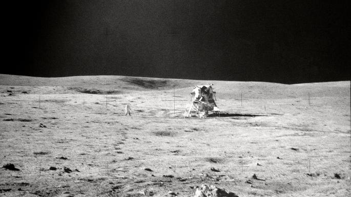 Vue  d'un cratère - Mission Apollo 15