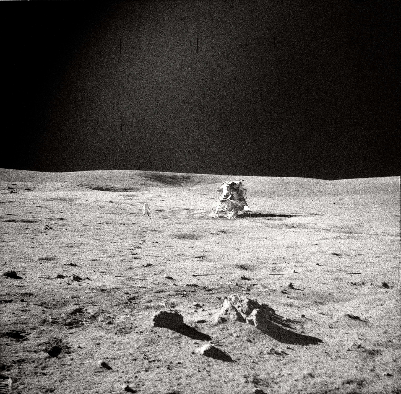 Le module lunaire posé à la surface de la Lune