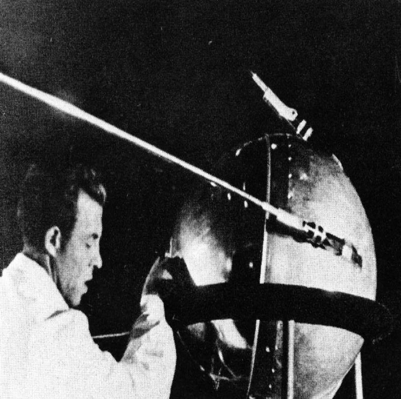 Derniers préparatifs avant le lancement de Spoutnik1 © NASA/Asif A. Siddiqi